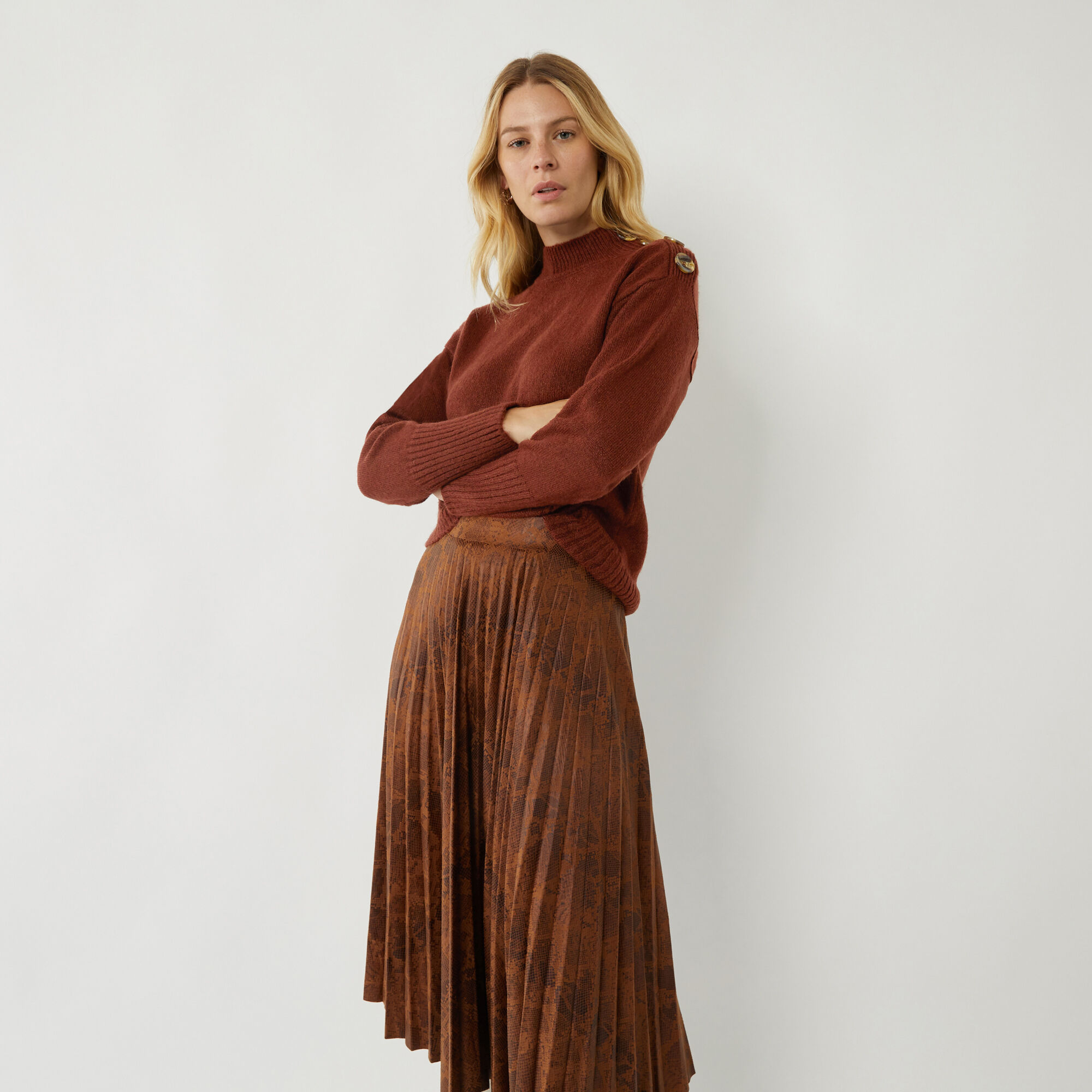 Warehouse, BUTTON SHOULDER COSY JUMPER Brown 1