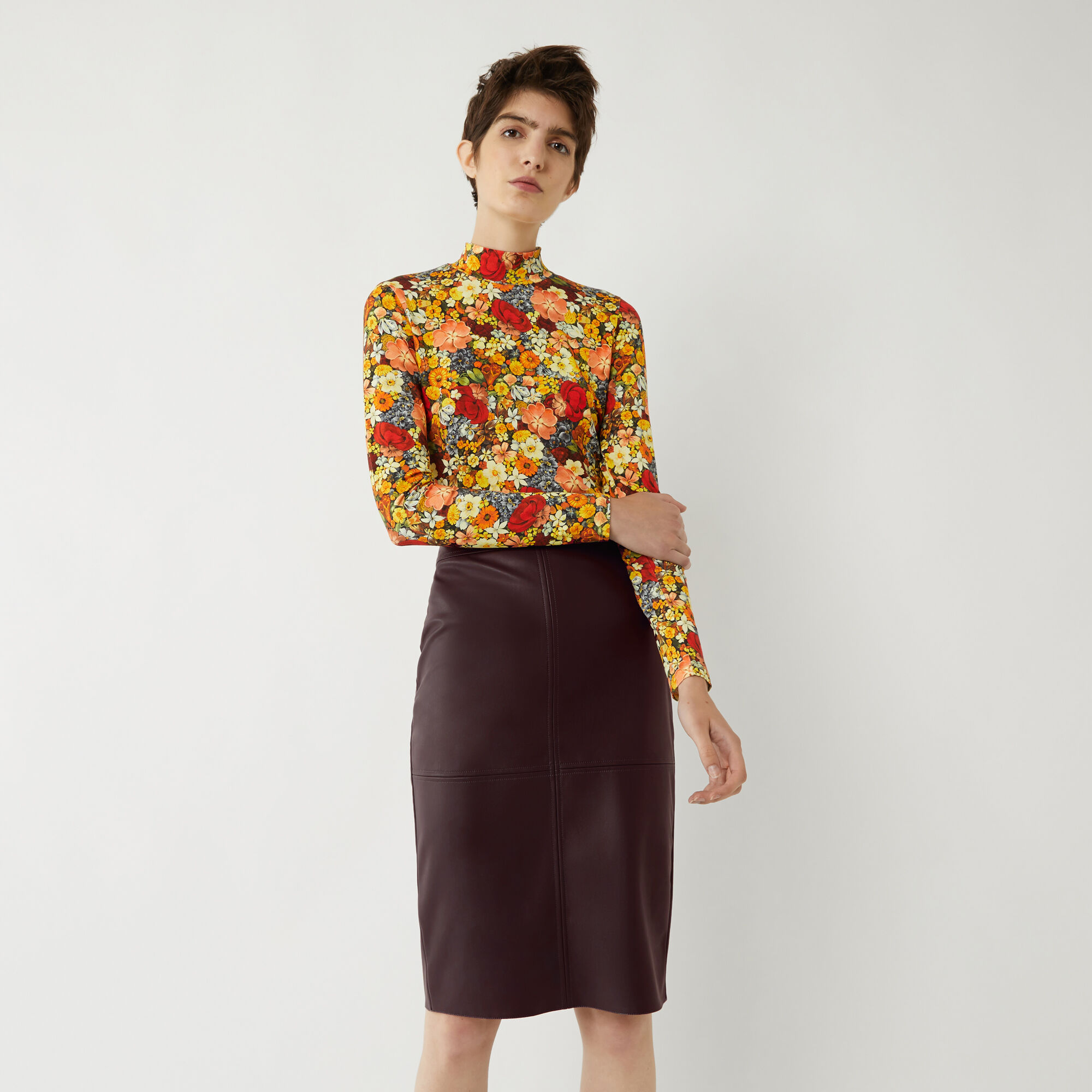 Warehouse, FAUX LEATHER PENCIL SKIRT Berry 1