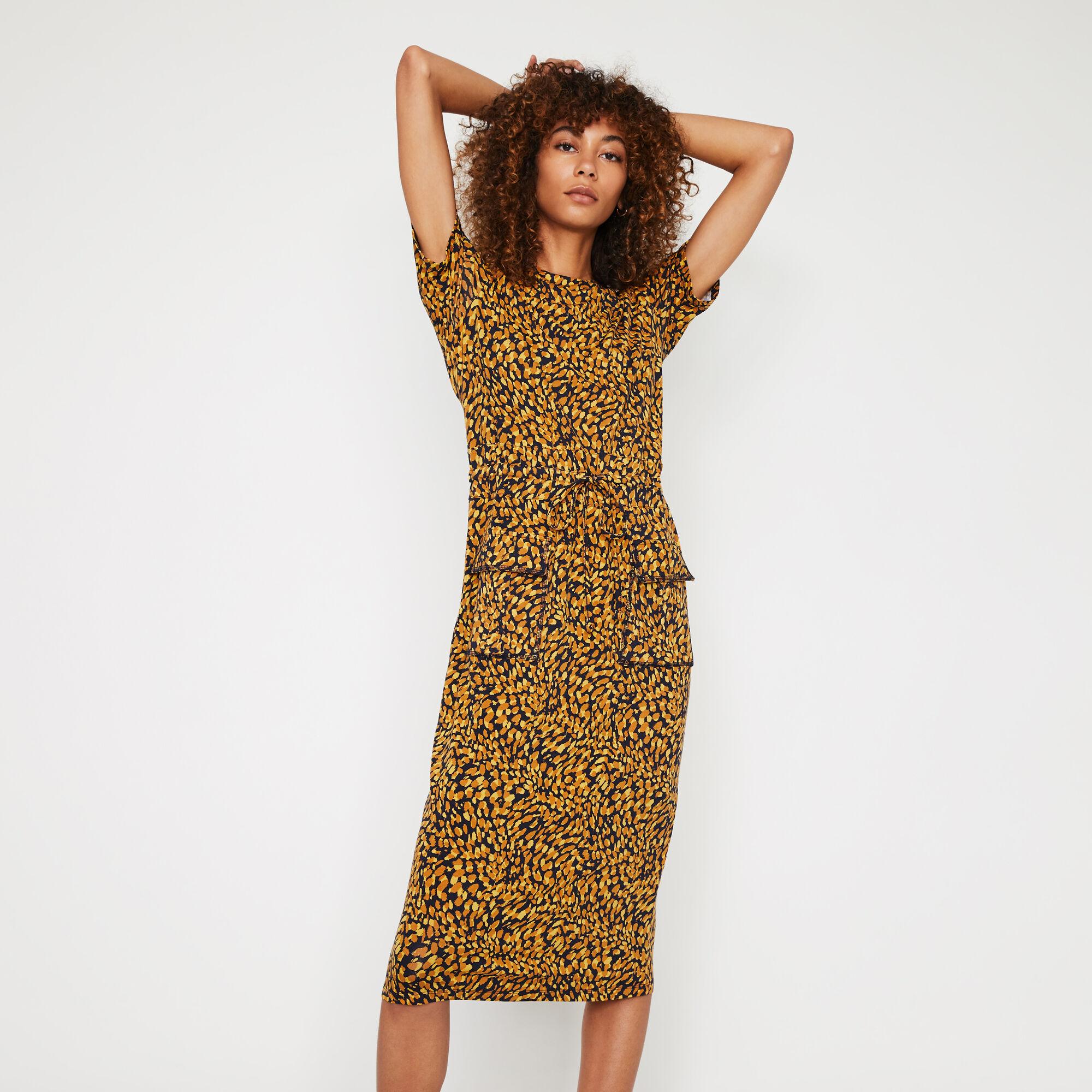 Warehouse, ANIMAL MIDI T-SHIRT DRESS Yellow 1