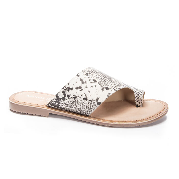 Chinese Laundry Gemmy Sandals