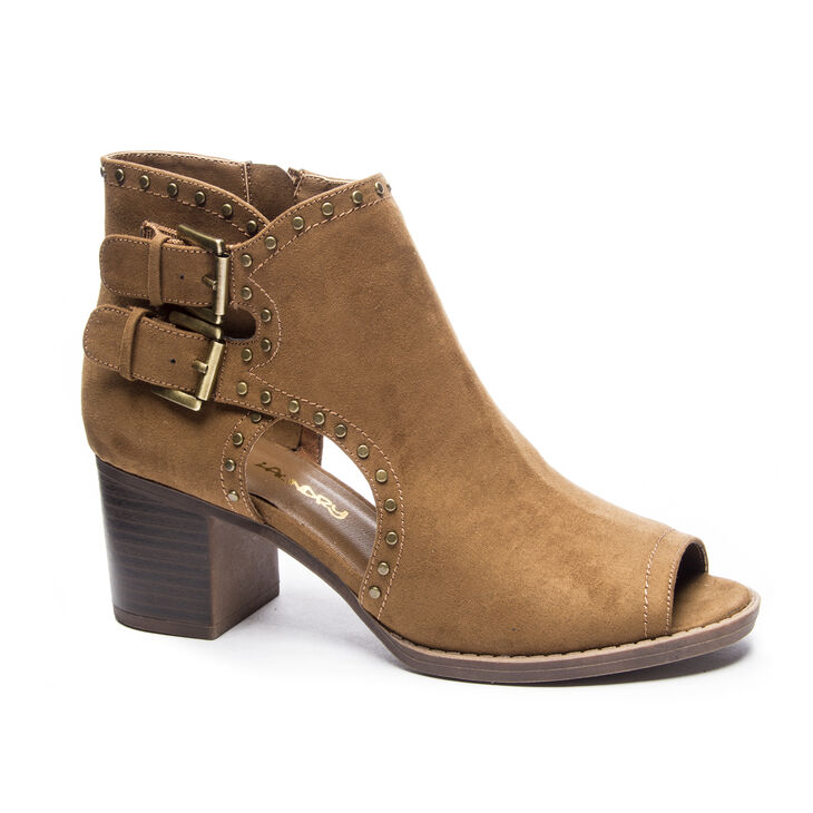 Dirty Laundry Tensley Boots in Chestnut