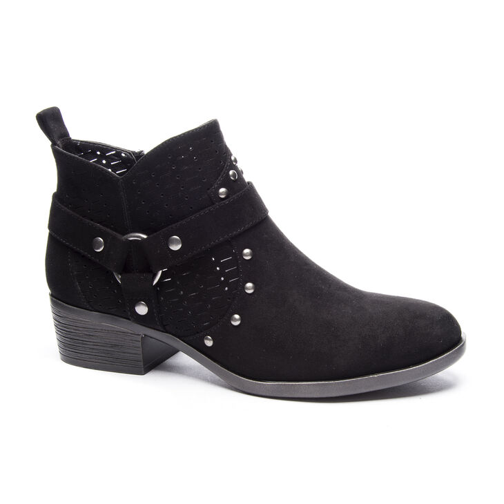 Chinese Laundry Wyatt Boots in Black