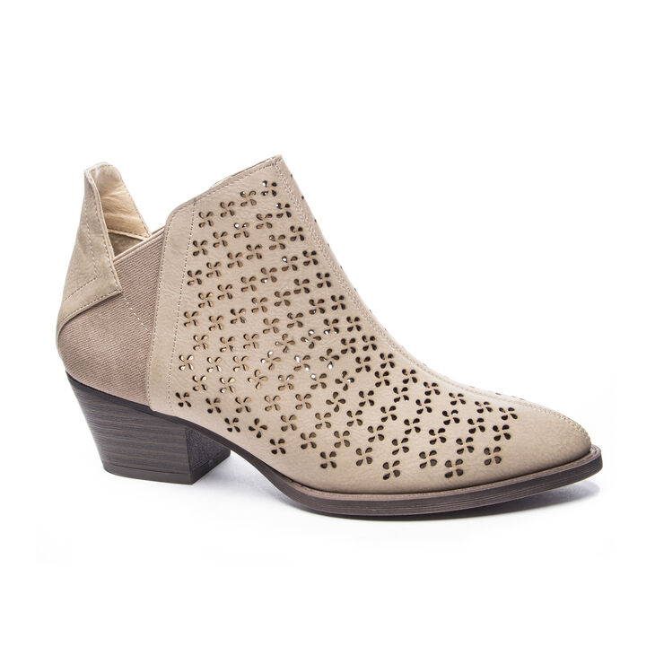 Chinese Laundry Cambria Boots in Taupe/taupe