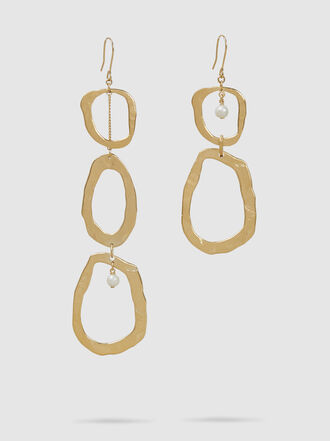 forte_forte - Mismatched Pearl and Gold-Tone Brass Earrings