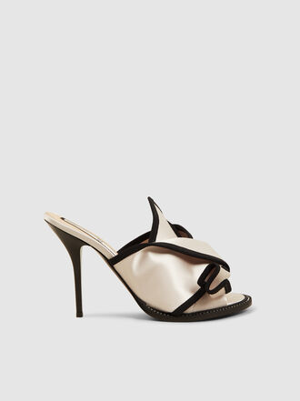N°21 - Bow Two-Tone Satin Sandals