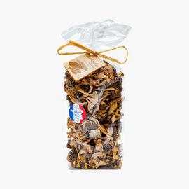 Yellowfoot chanterelle mushrooms Le Clos des Fontaines