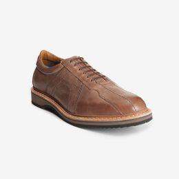 Voyager Walking Shoe, 9386 Brown, blockout