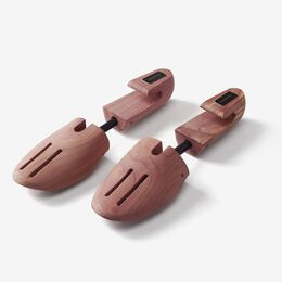 Full-Toe Cedar Shoe Trees, Mens Small, blockout