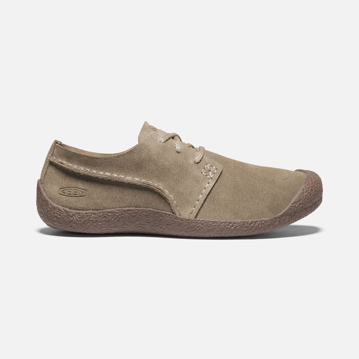 Men's Howser Suede Oxford in Timberwolf/Chestnut - large view.