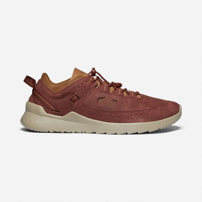 Men's Highland in Cherry Mahogany/Plaza Taupe - large view.