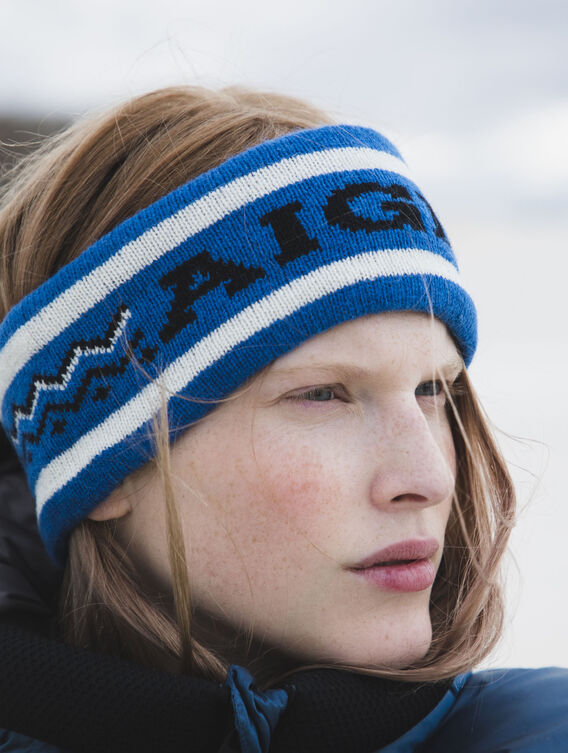 Women's ski-style headband