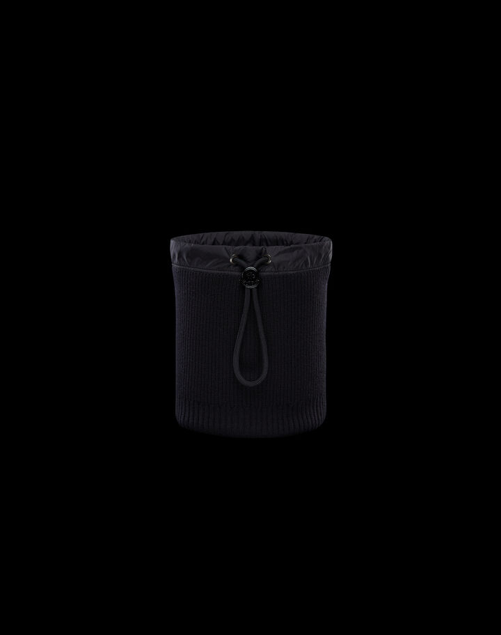 Moncler Neck warmer Black