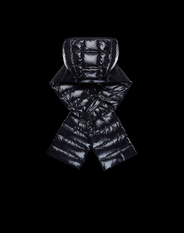 Moncler Padded scarf hood in nylon laqué Black