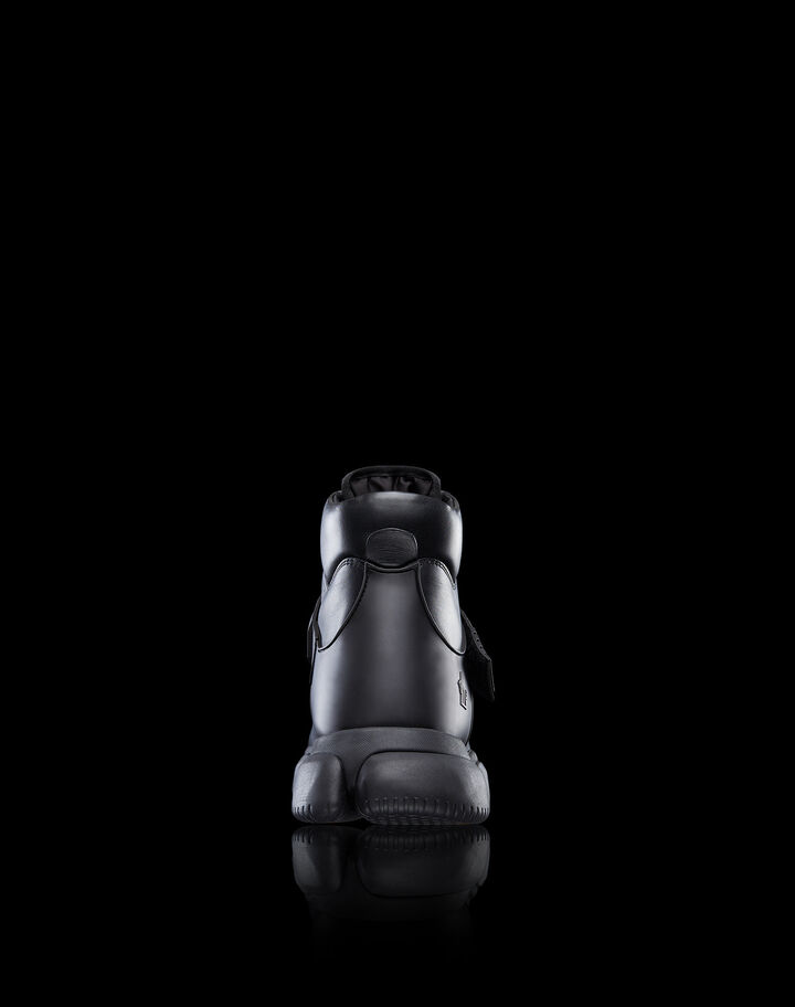 Moncler Bubble boots Black