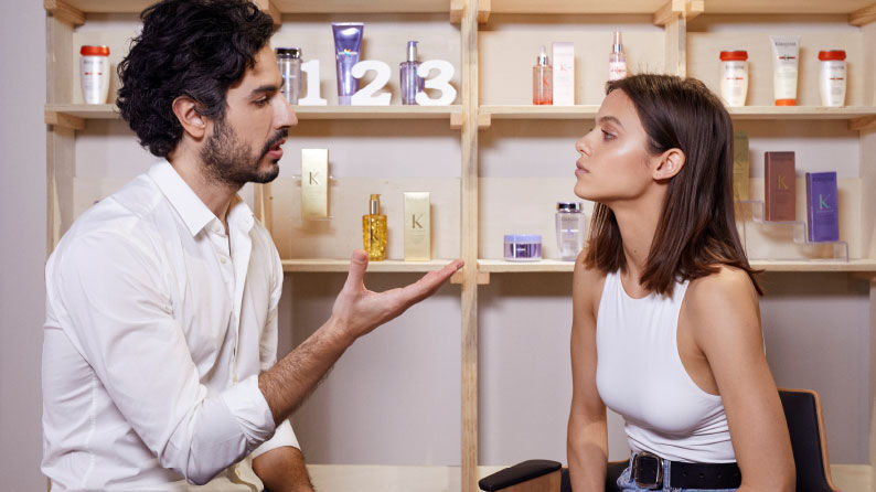 Kérastase professional diagnosis with an hair stylist