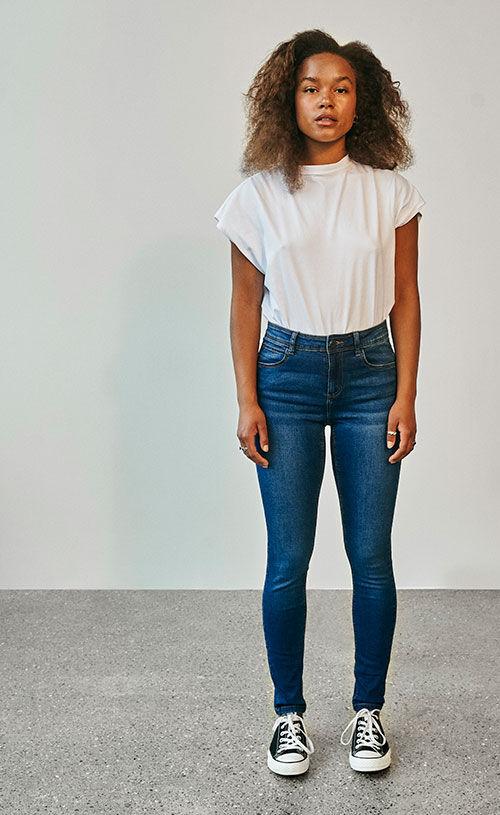 Jen Jeans