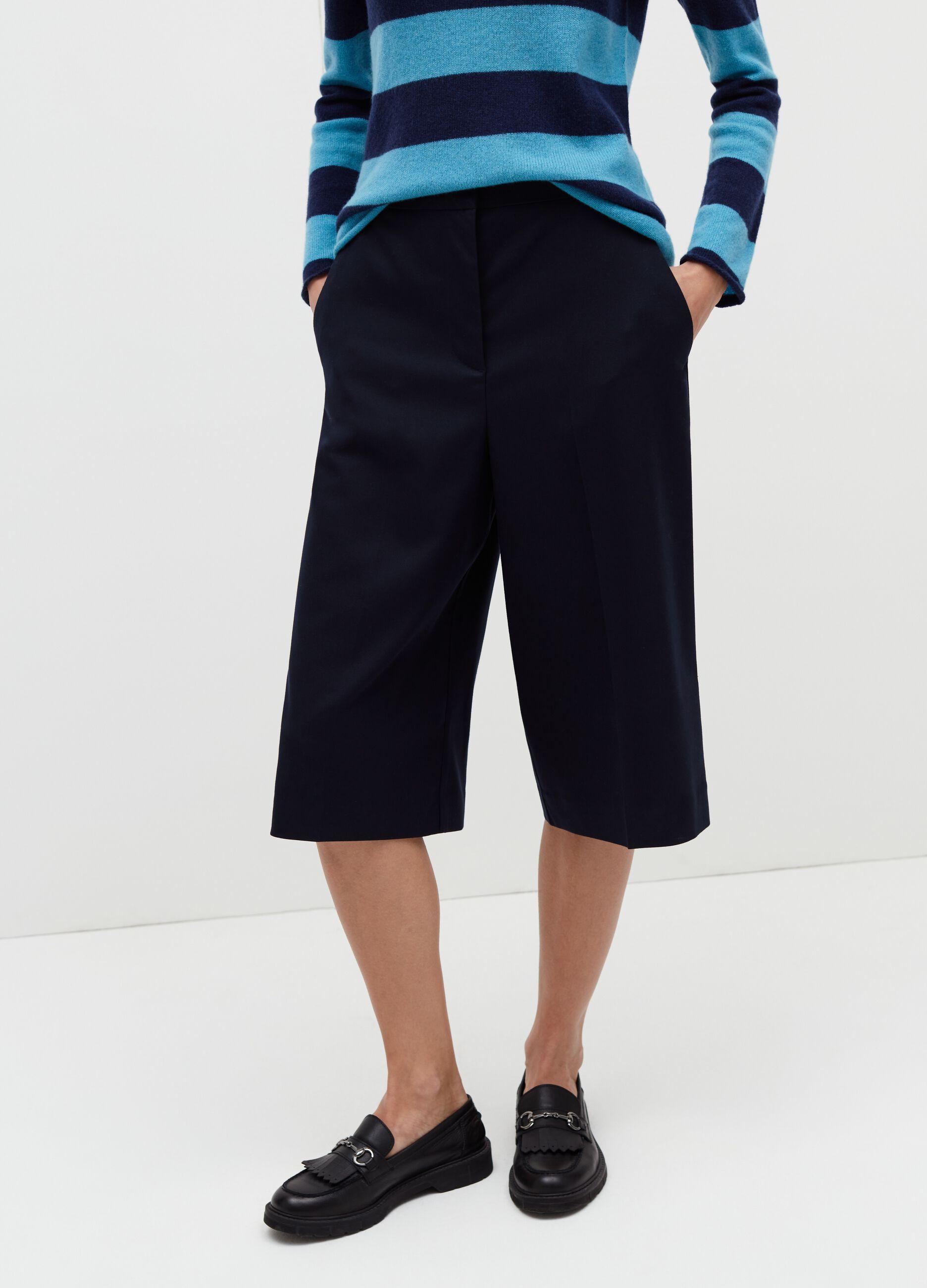 Bermuda al ginocchio gamba ampia Blu