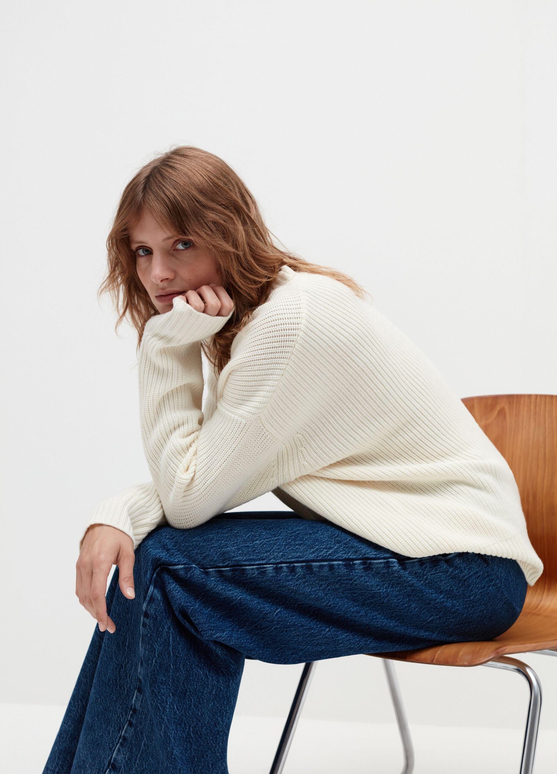 Girocollo over in pura lana Bianco