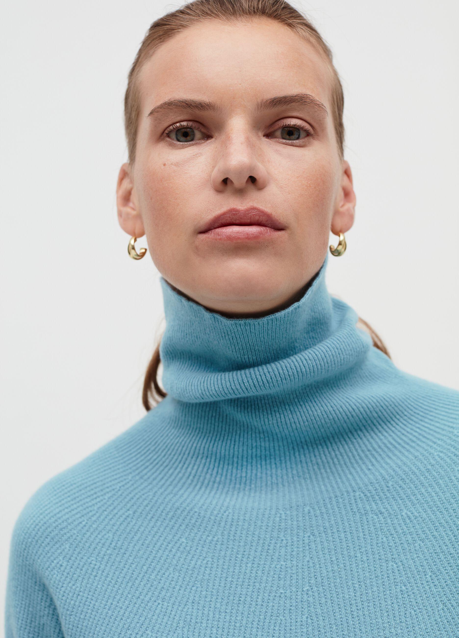 Maglia a collo alto in pura lana vergine Azzurro