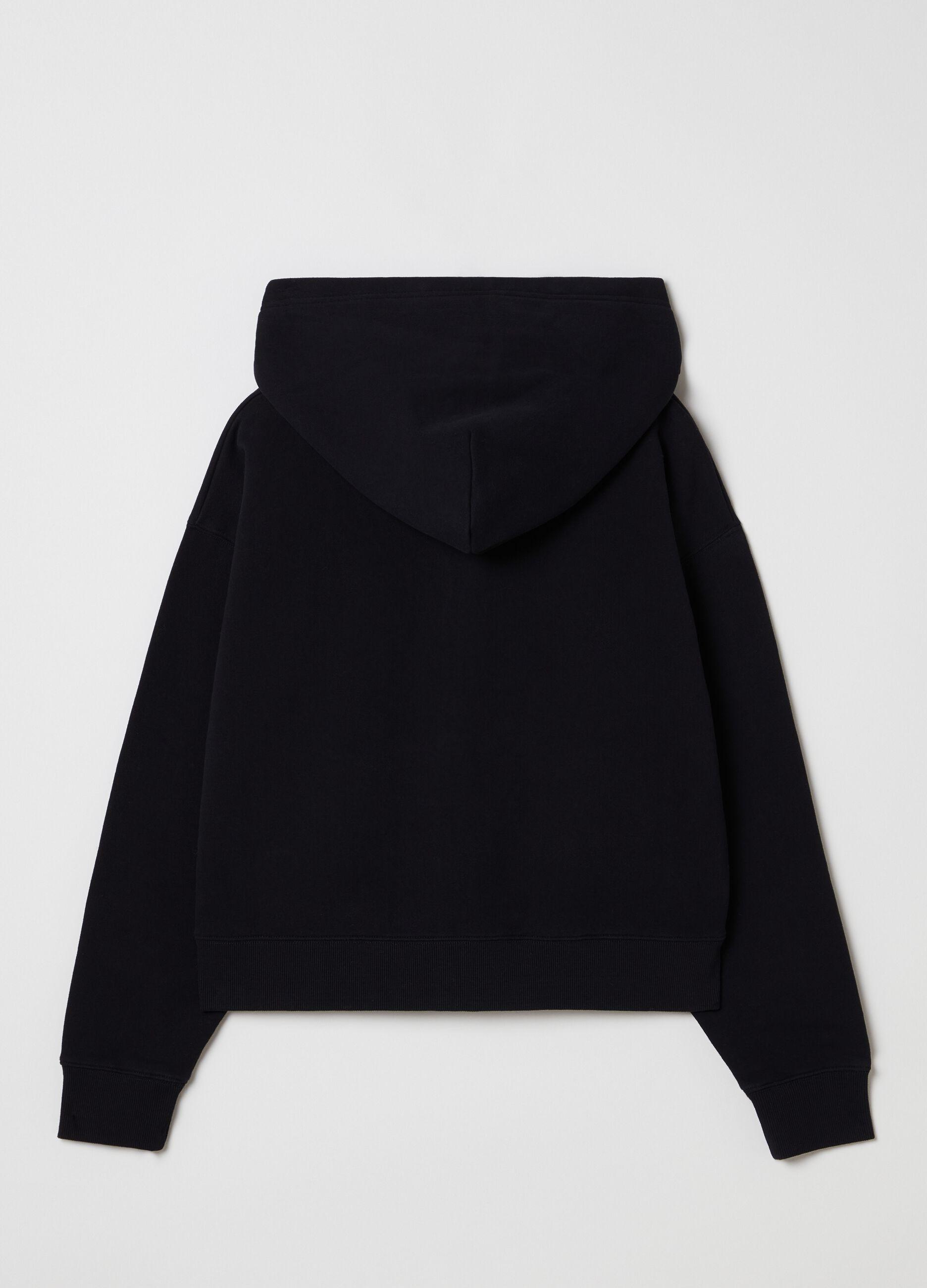 Full-zip con cappuccio tinta in capo Nero