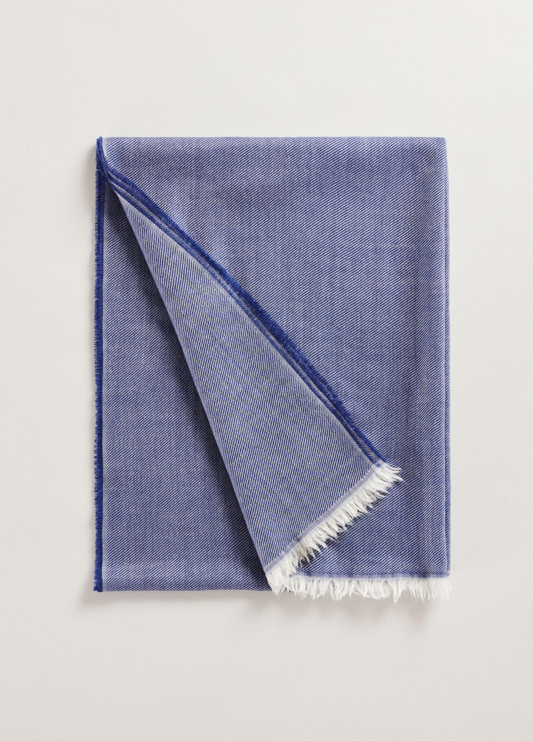 Sciarpa in lana con orlo sfrangiato Blu