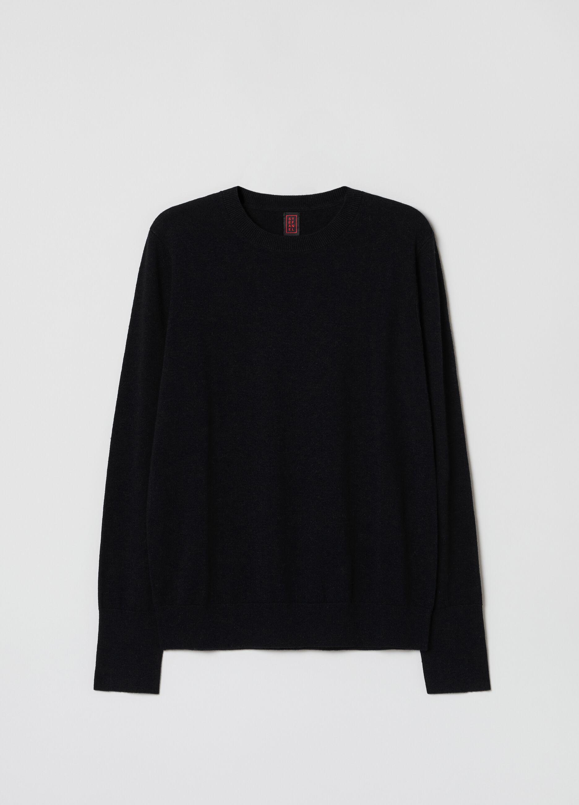 Pullover girocollo in lana e seta Nero