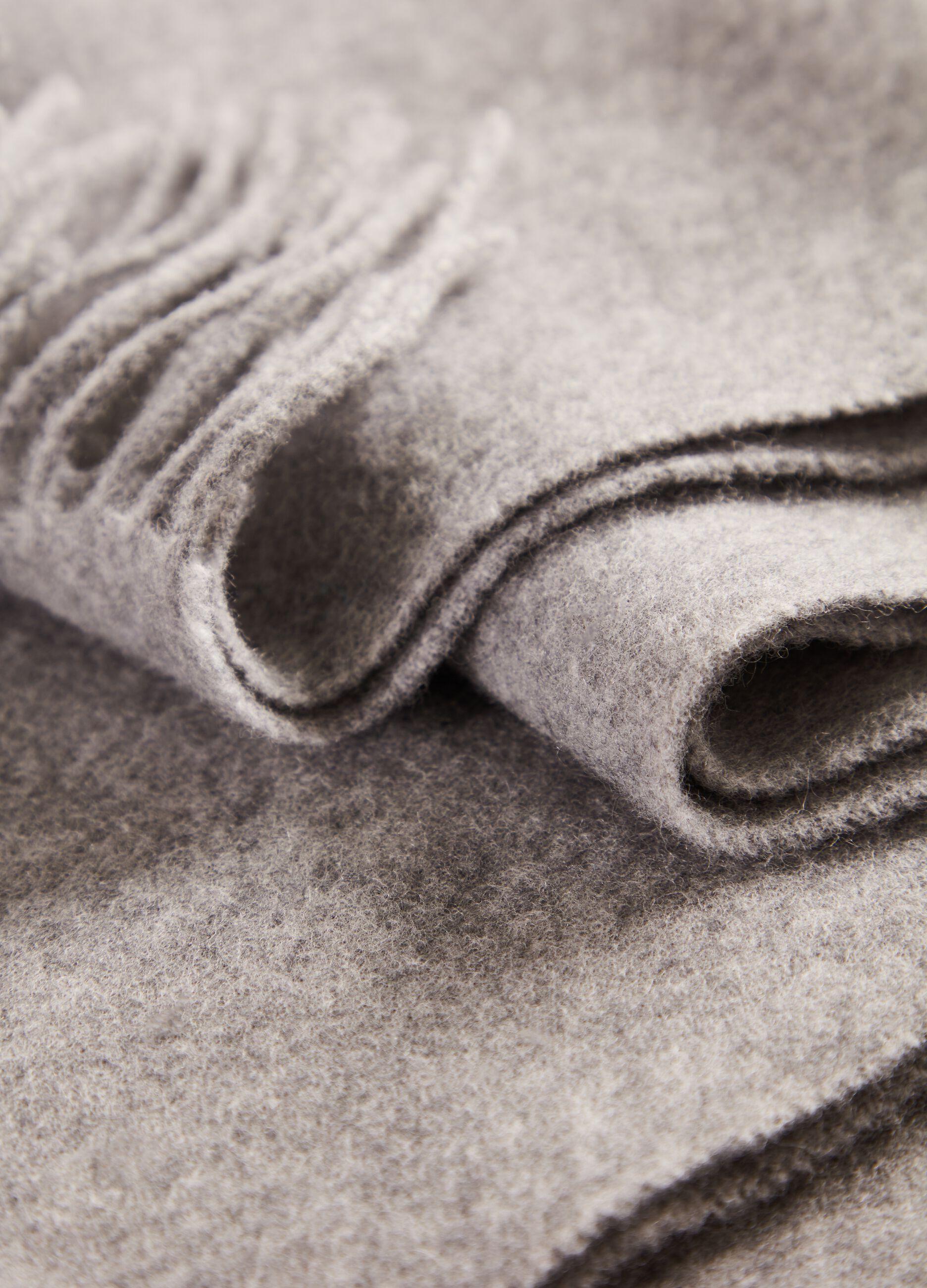 Maxi sciarpa in pura lana vergine Grigio