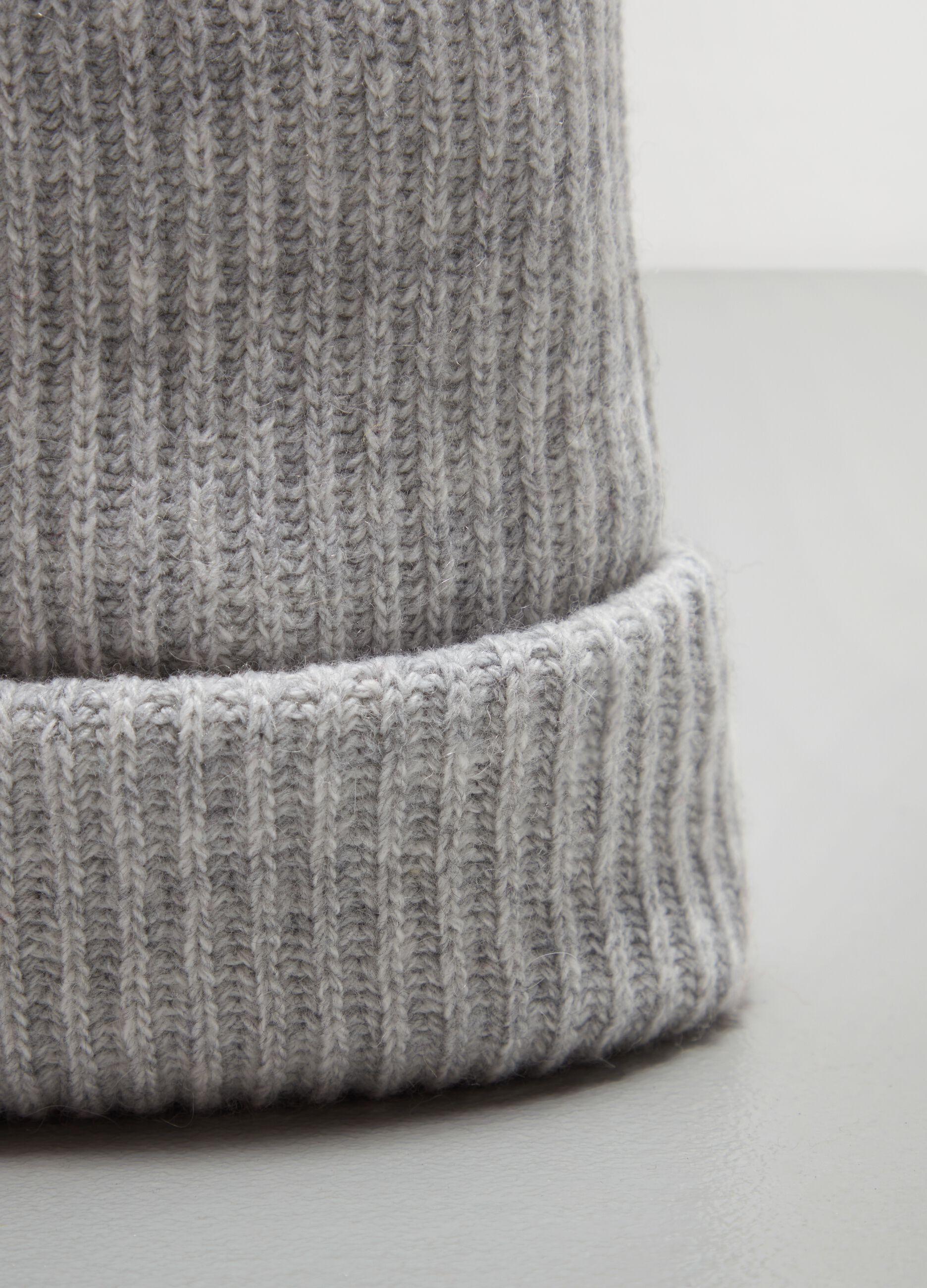 Berretto in lana e cachemire a coste Grigio