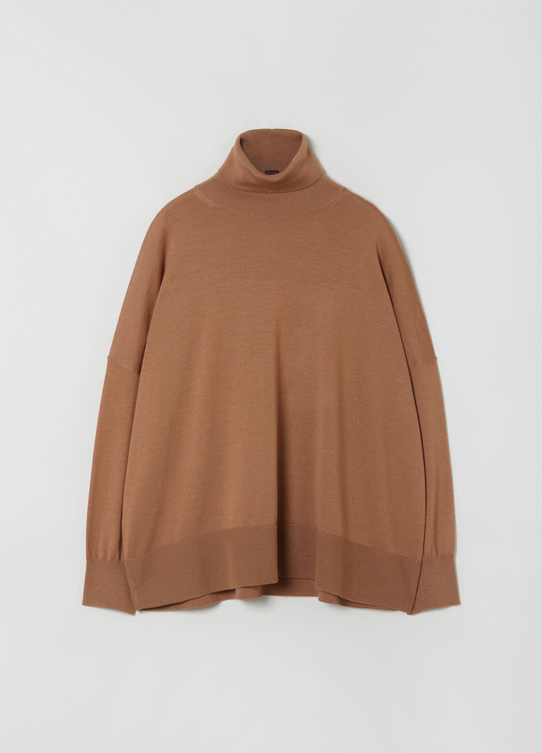 Dolcevita over in pura lana merino Marrone