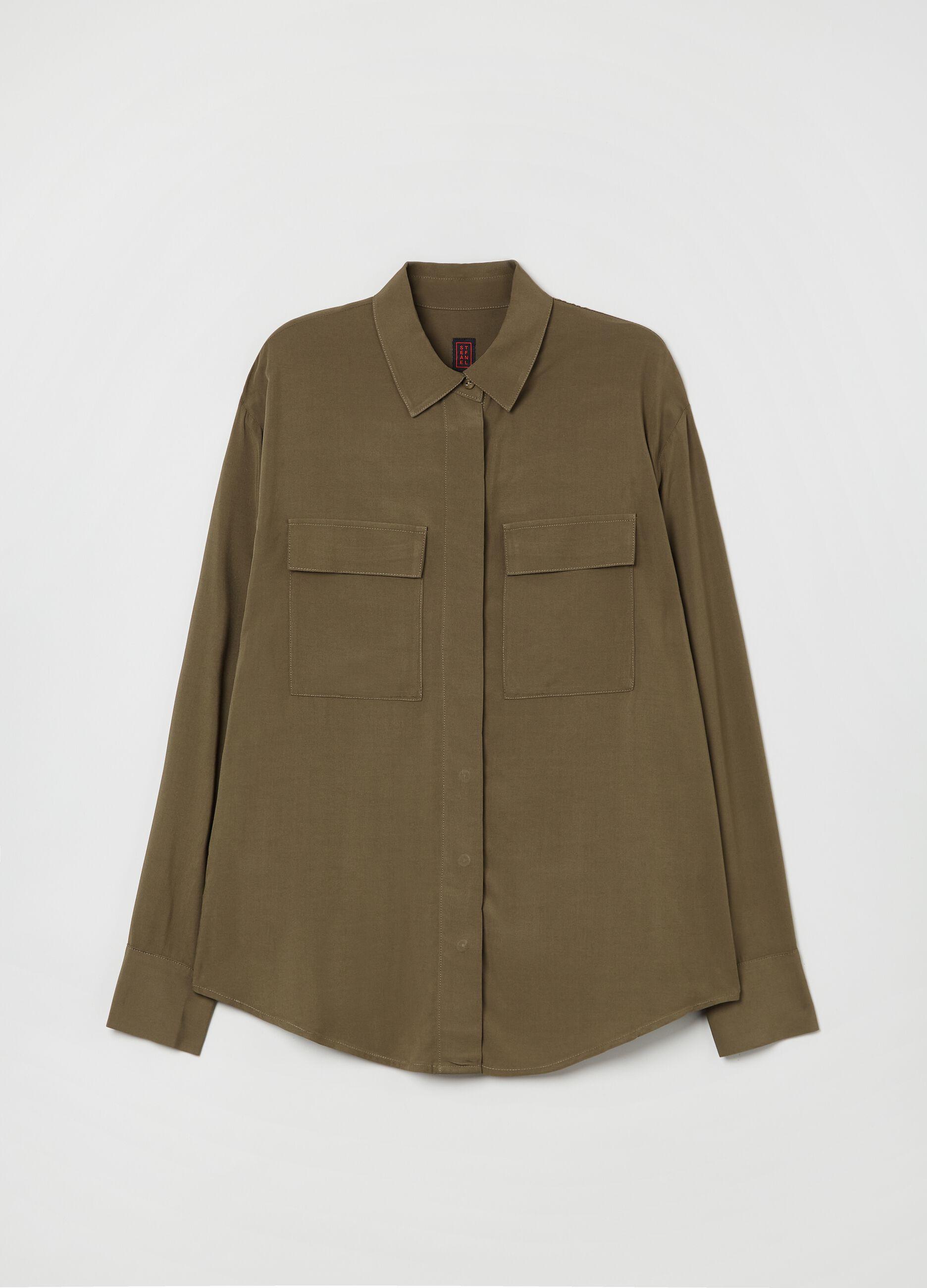 Camicia in viscosa con tasche Verde