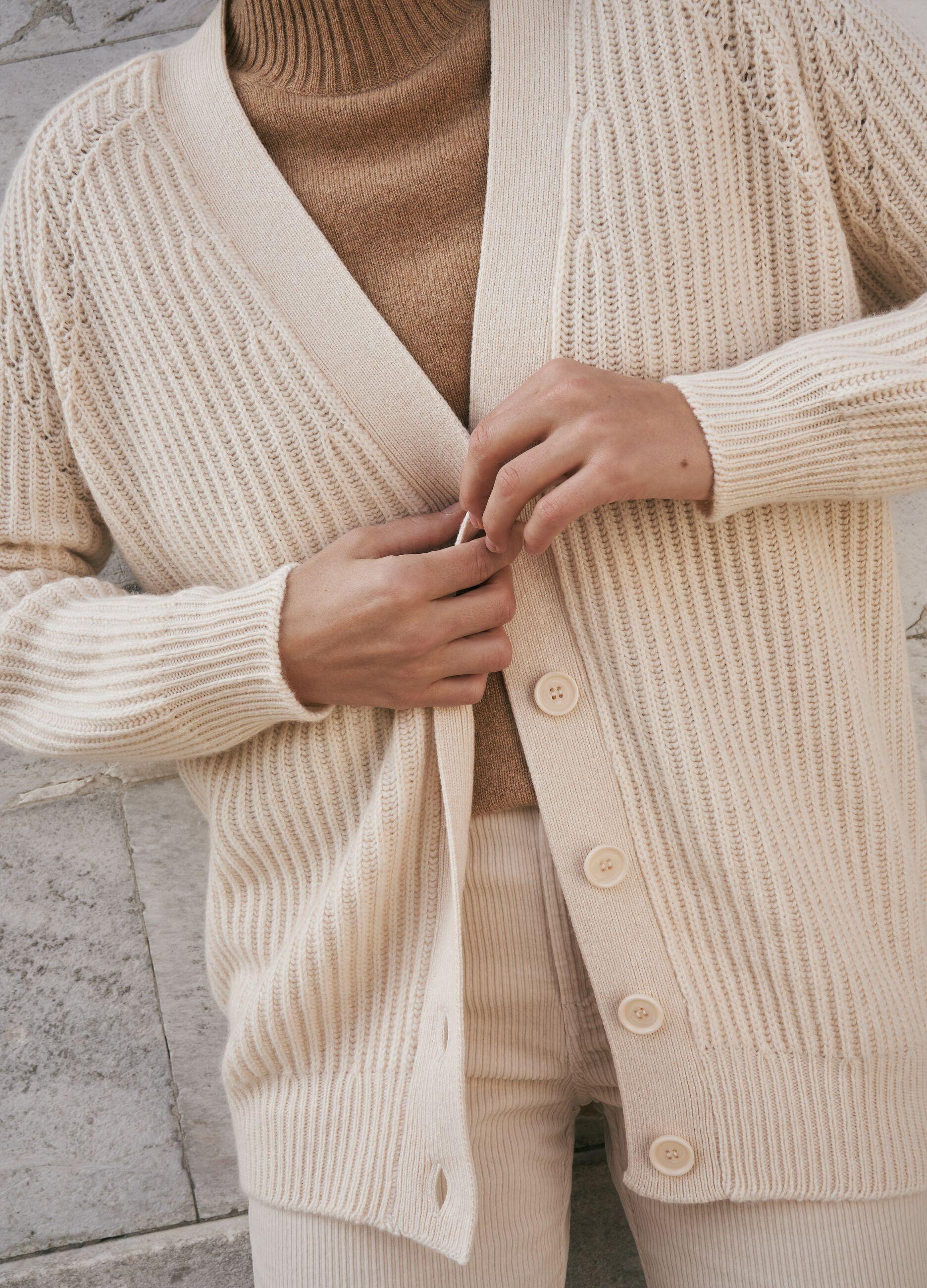 Cardigan in lana e cachemire Beige