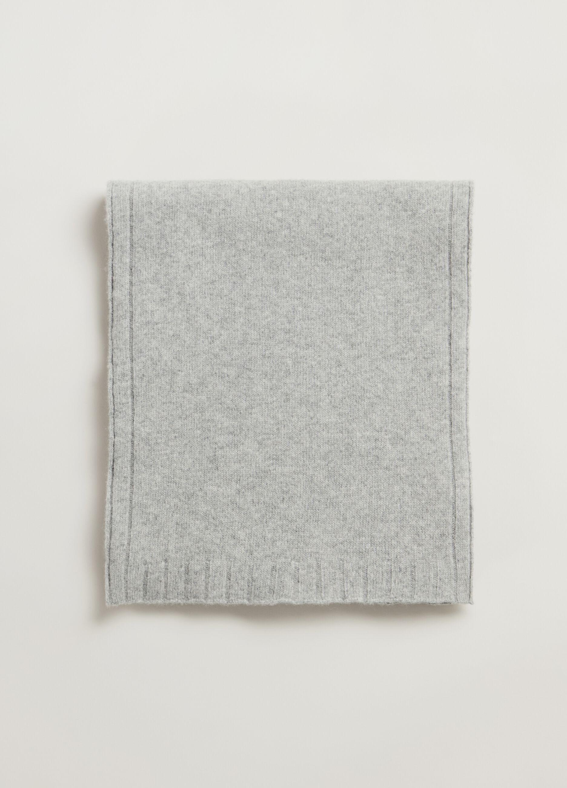 Sciarpa in pura lana Grigio