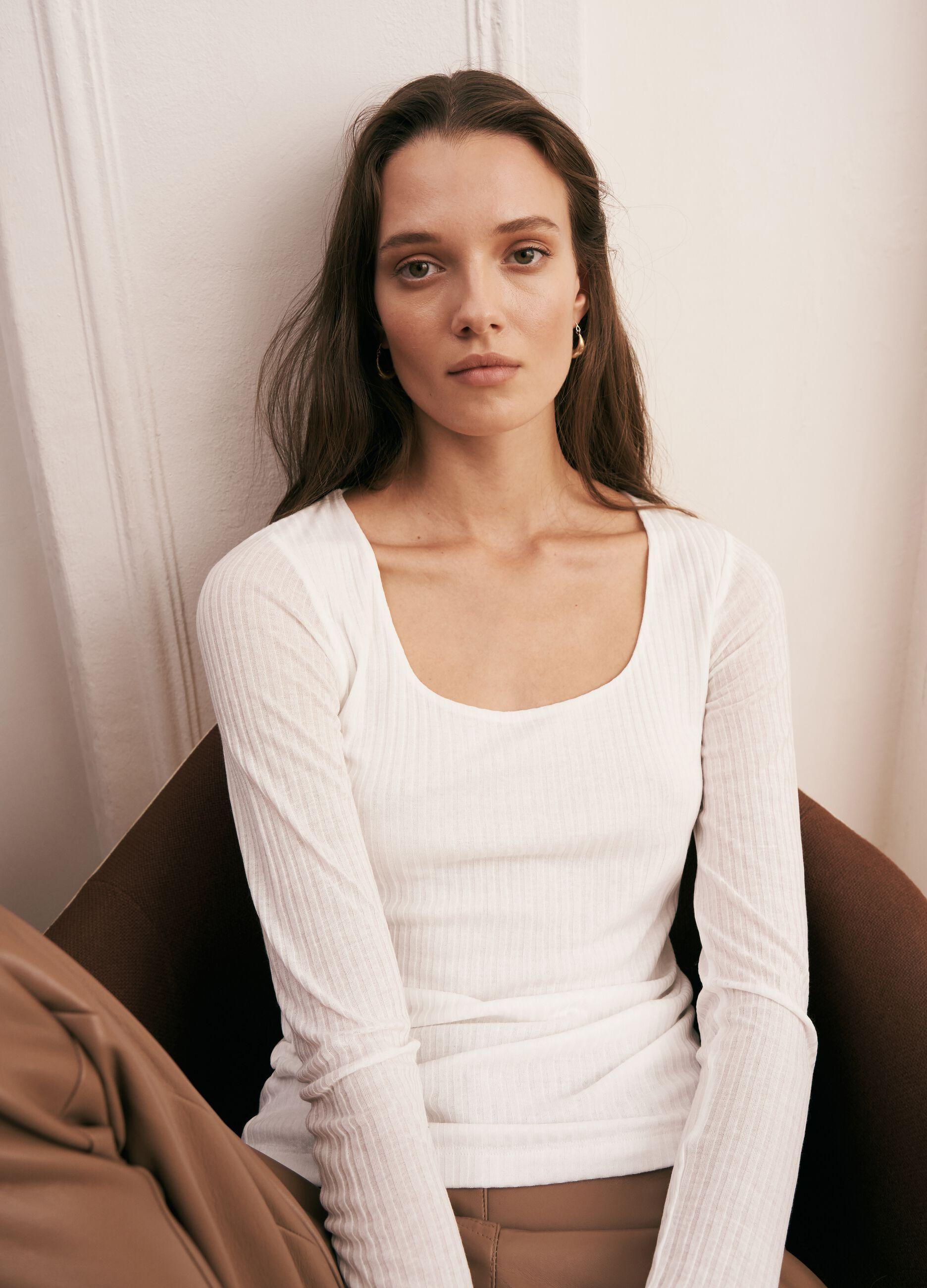 T-shirt in modal a costina larga Bianco