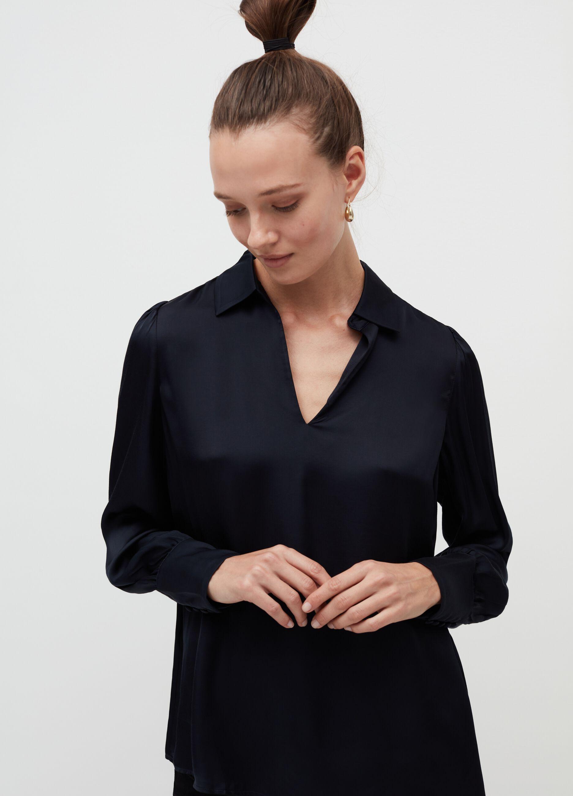 Blusa in raso con collo camicia Blu