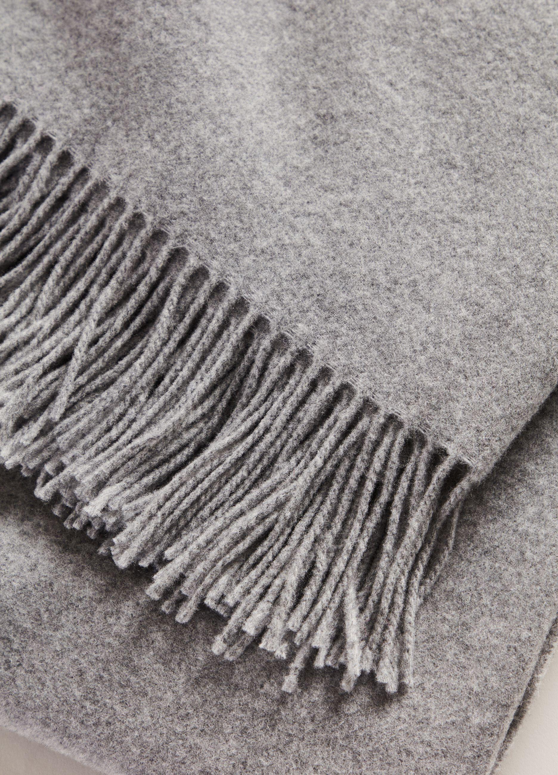 Sciarpa in pura lana vergine Grigio