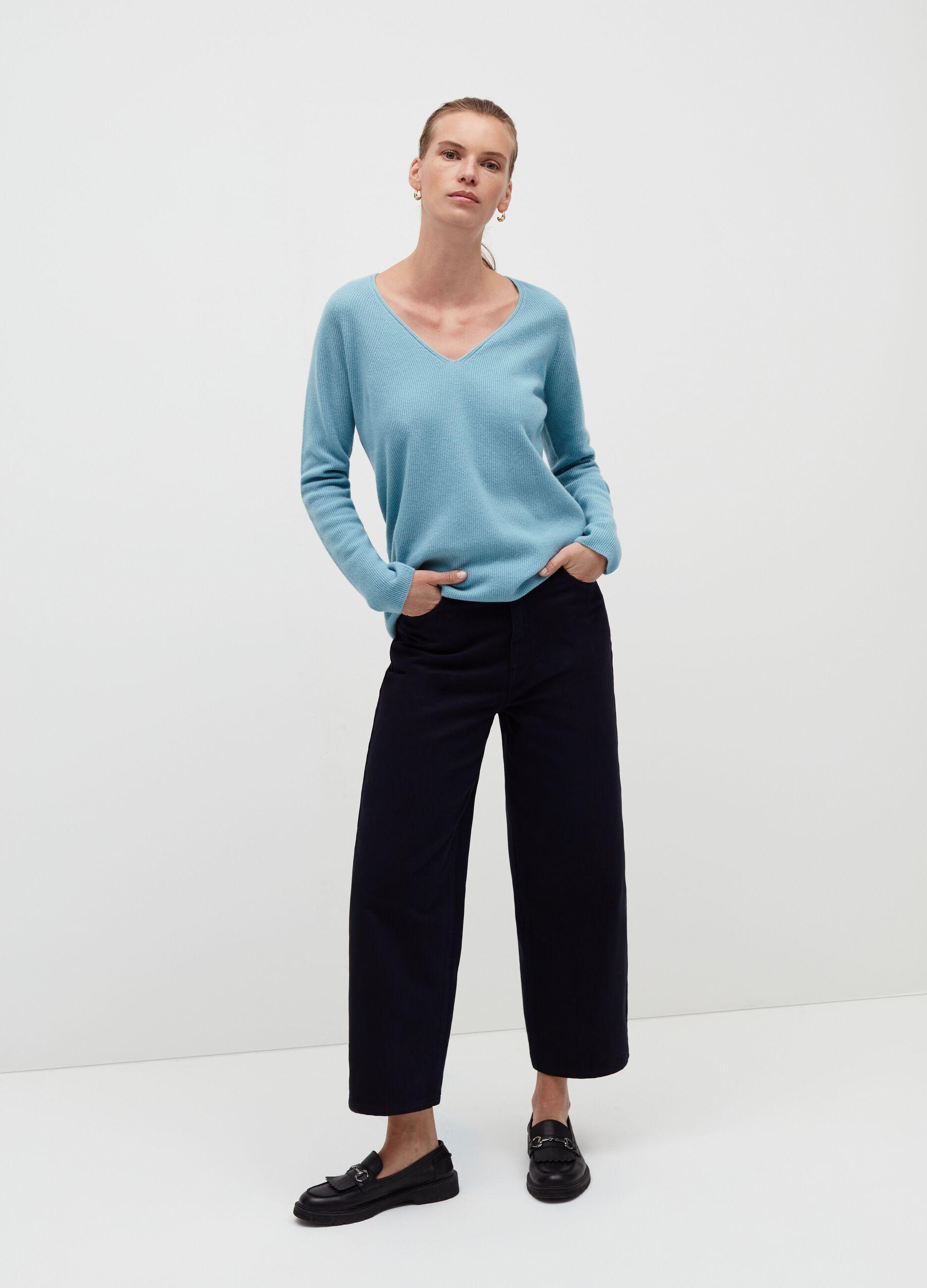 Pullover in pura lana con scollo a V Azzurro